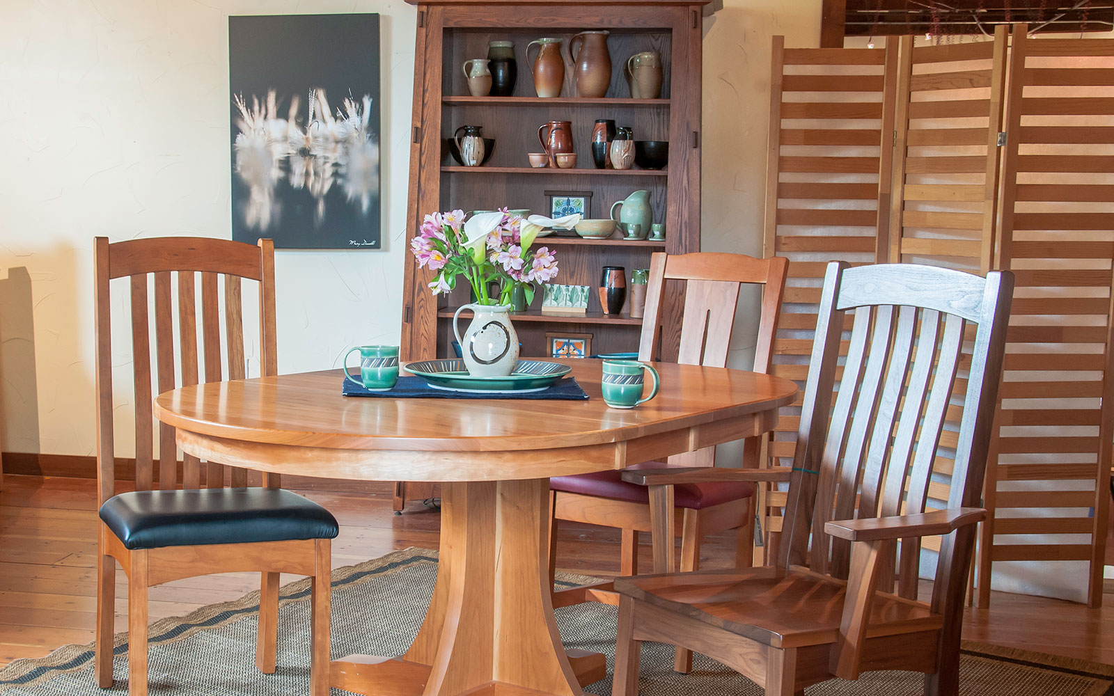 Pedestal Table In Cherry